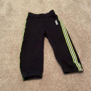 5/$30 Oshkosh B'gosh Sweatpants 2/3T